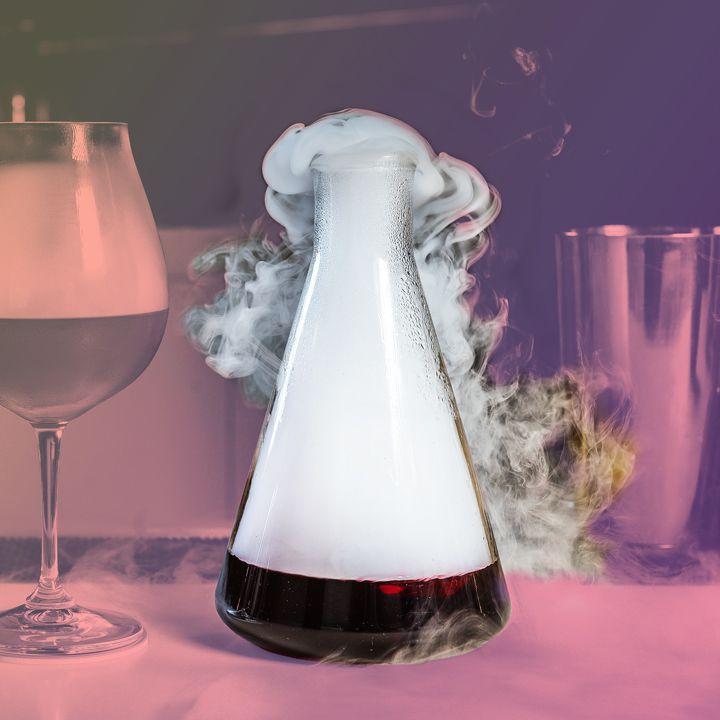 A ferramenta esquisita que os barman adoram usar: copos